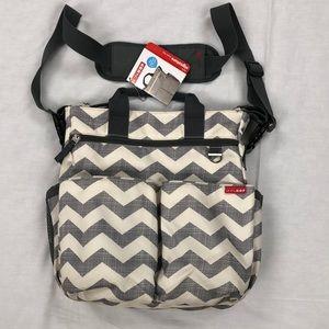 Skip Hop Duo Signature Diaper Bag/Chevron Color
